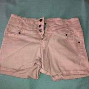 Cute high wasted shorts